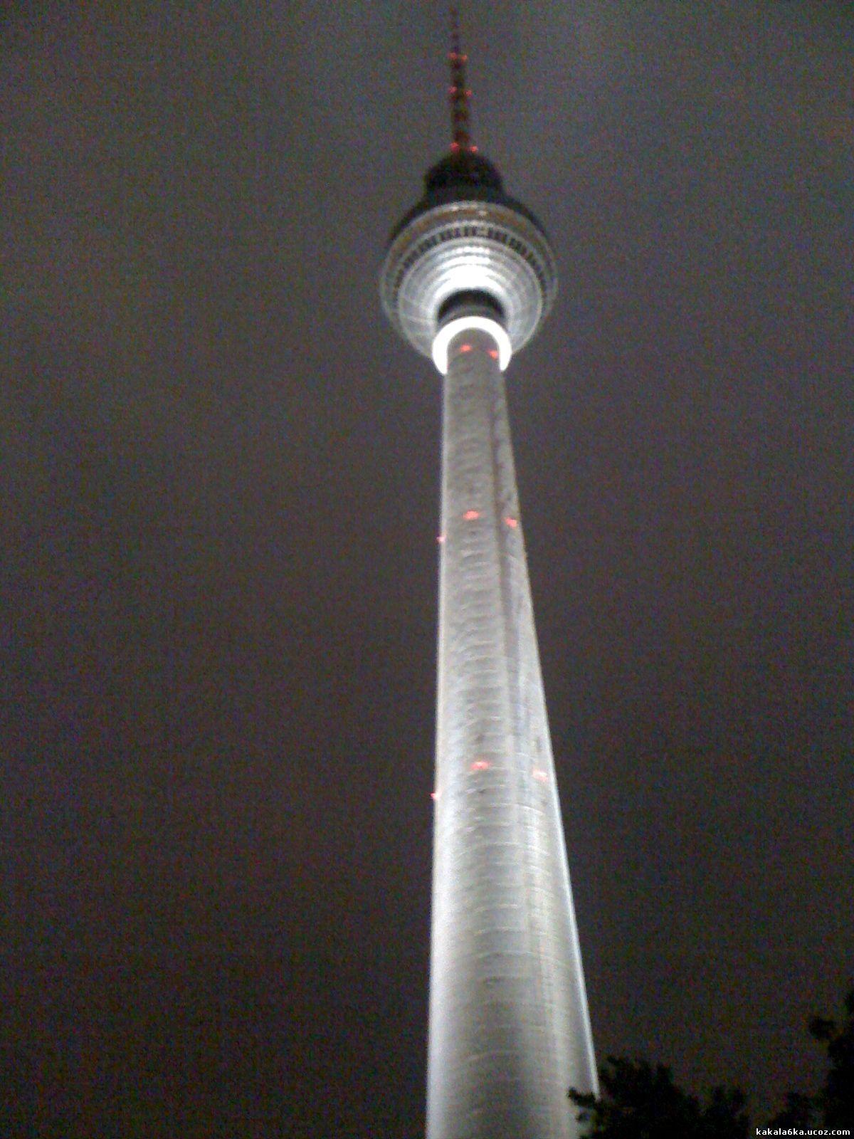 Берлинската ТВ кула.